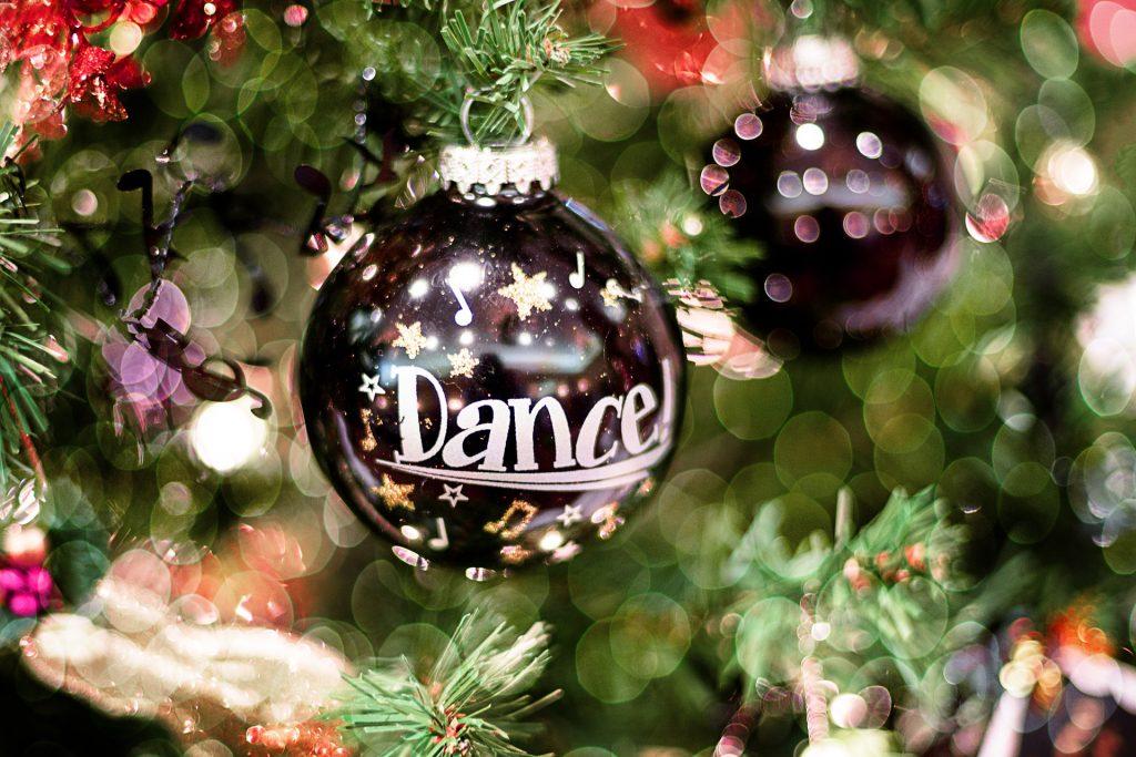 Frohe Weihnachten Liebe.Frohe Weihnachten Euch Lieben Dance Center Traumtanz